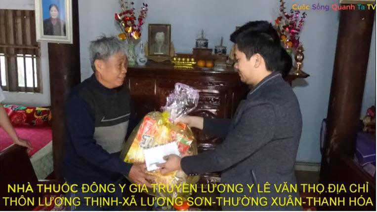 Trao Quà Tết Tới Các Hộ Gia Đình Chính Sách Và Hộ Nghèo Tại Xã Lương Sơn